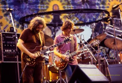 Grateful_Dead_Greek_81-1